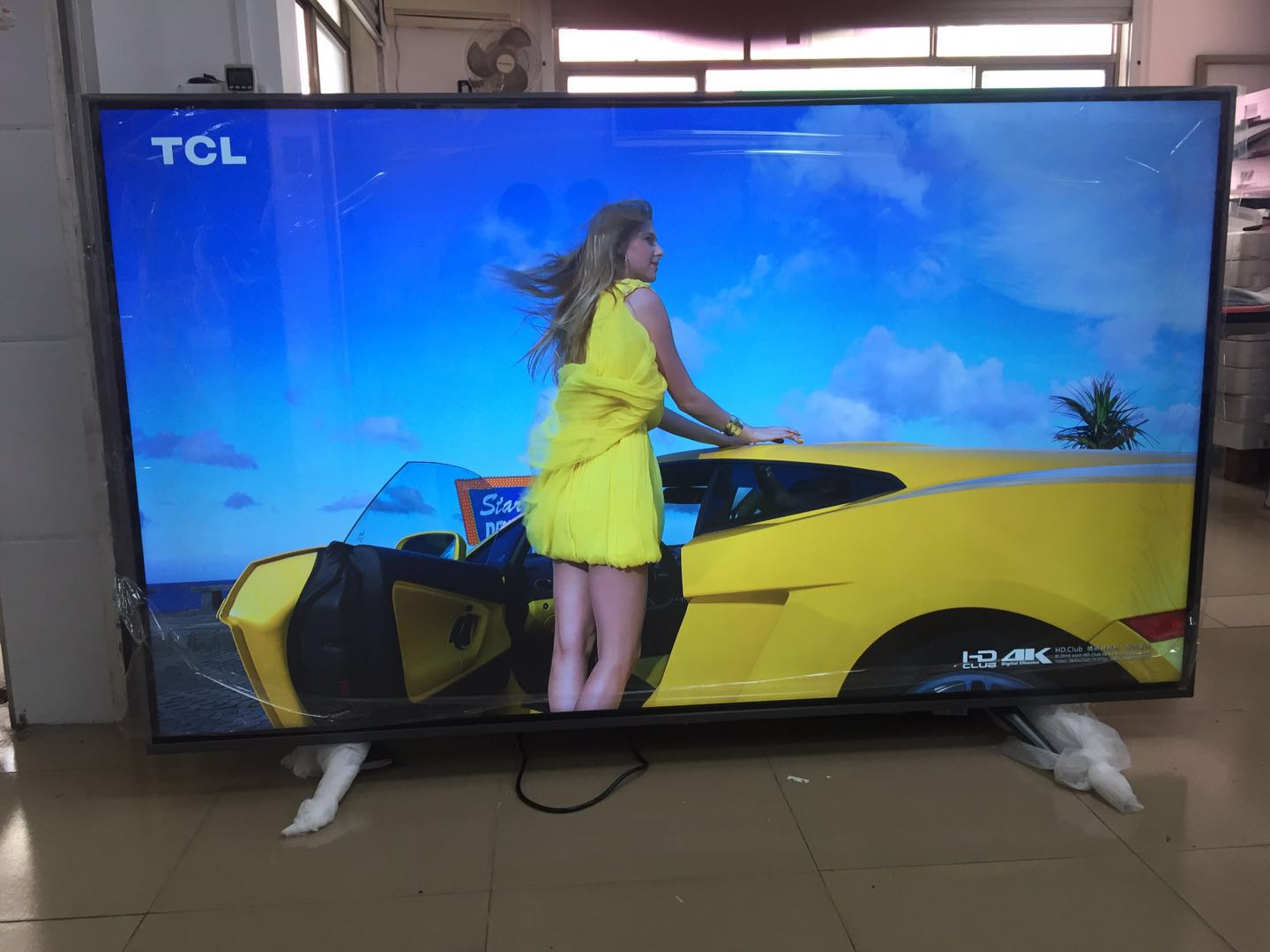 (Free Ship to Guangzhou China )smart T2 4k television TV  75 86 inch  1.5GB ram 8GB rom  android OS 7.1.1