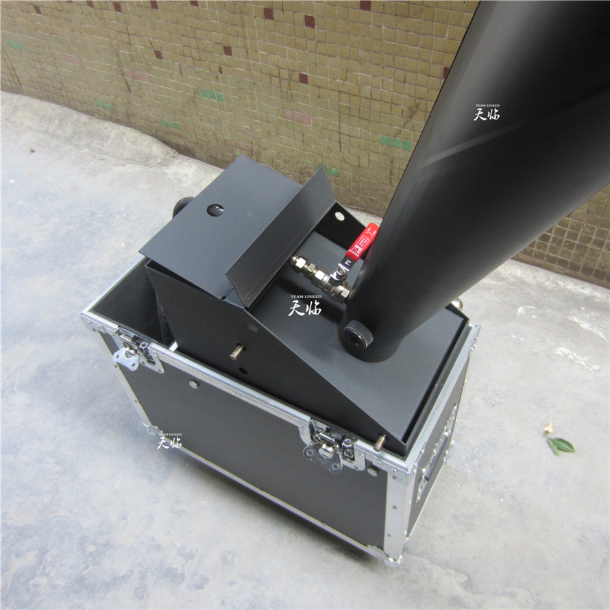 1PC Free Shipping High Quality Free Shipping With Flycase Co2 Confetti cannon machine Manual Control with Gas Pipe