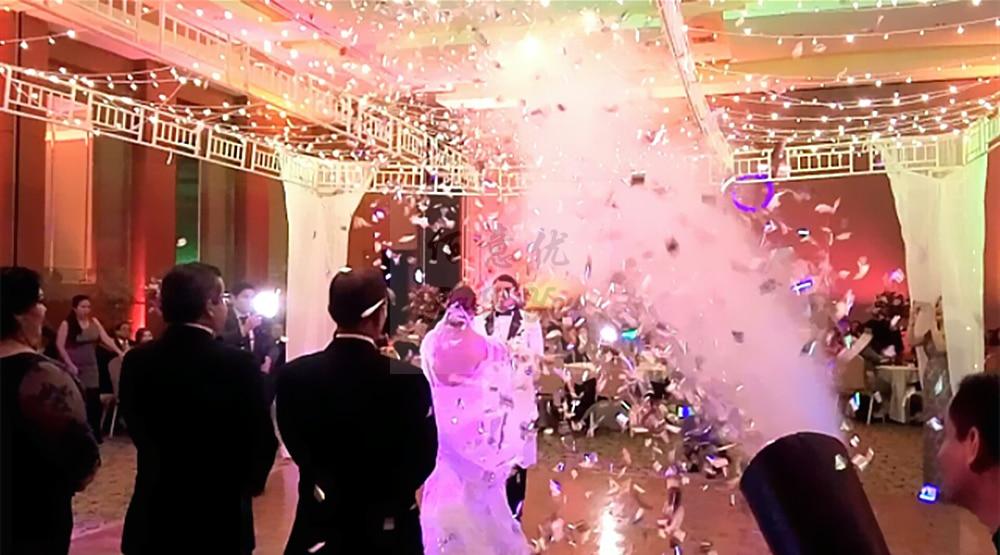 Club Wedding Decoration Electrical Pink 3 Head Confetti Gun Triple Shot Stage Confetti Streamer Gun Confetti Cannon Shooter