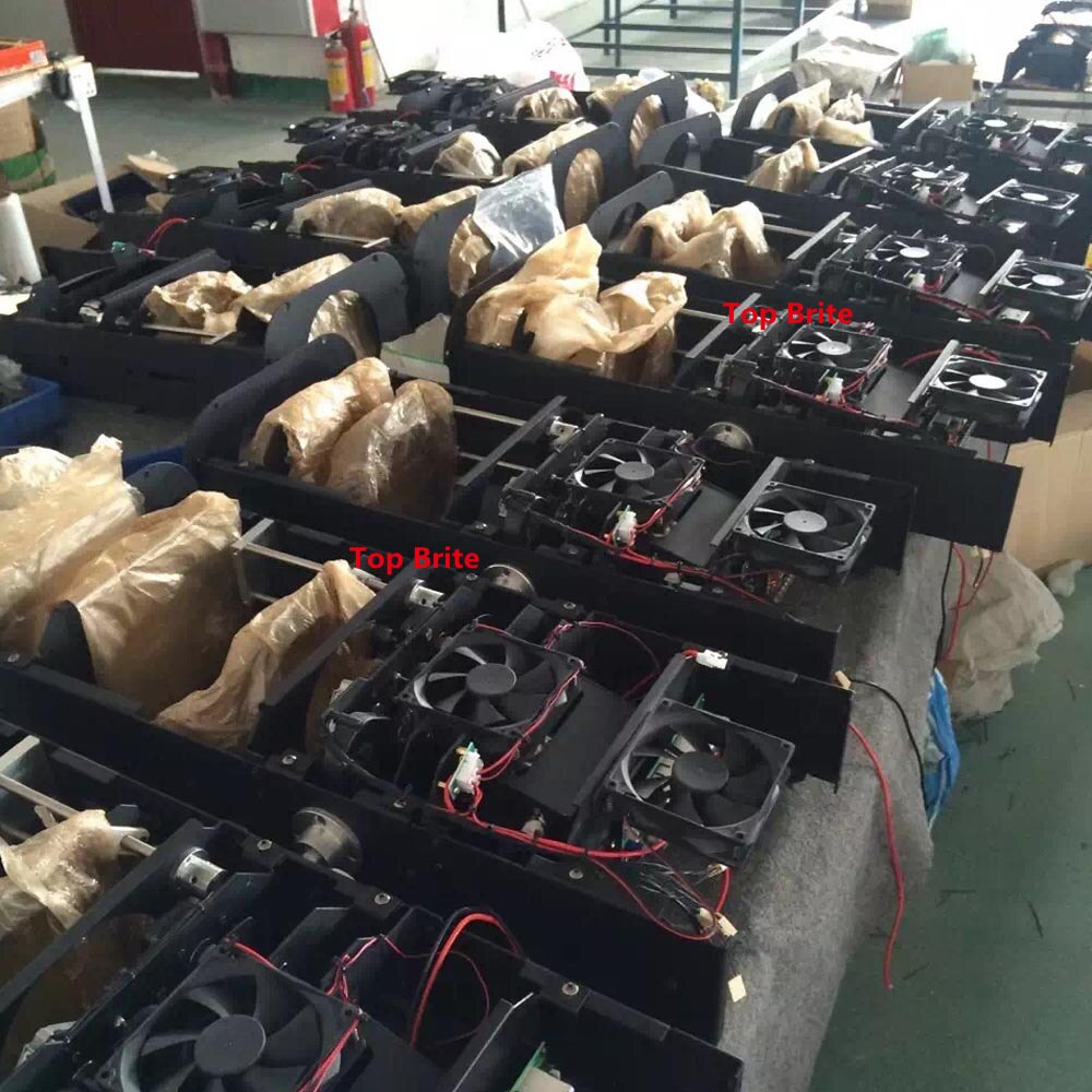 Factory Sales 300W Led Follow Spot Light Replace 2500W Following Light Color Gobo IRIS Professional Stage Lighting Equipments